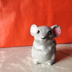 small grey mouse
