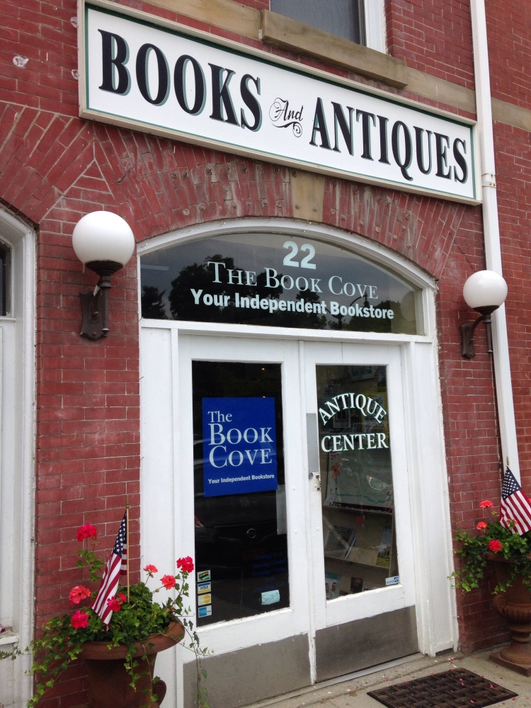 The Book Cove & Pawling Antiques, Pawling NY (1/6)